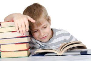 Třetina dětí nepřečte ani jednu knihu za měsíc. Odborníci chtějí po ministerstvu státní podporu čtenářství